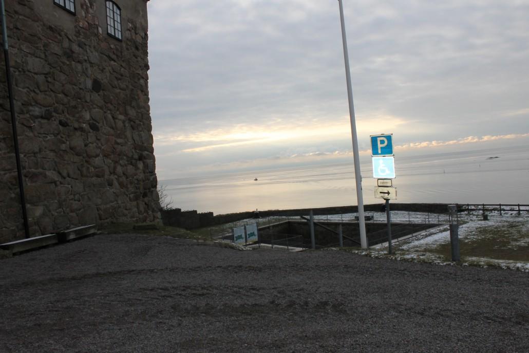 Här kan man parkera en kör som vill sjunga för havet.